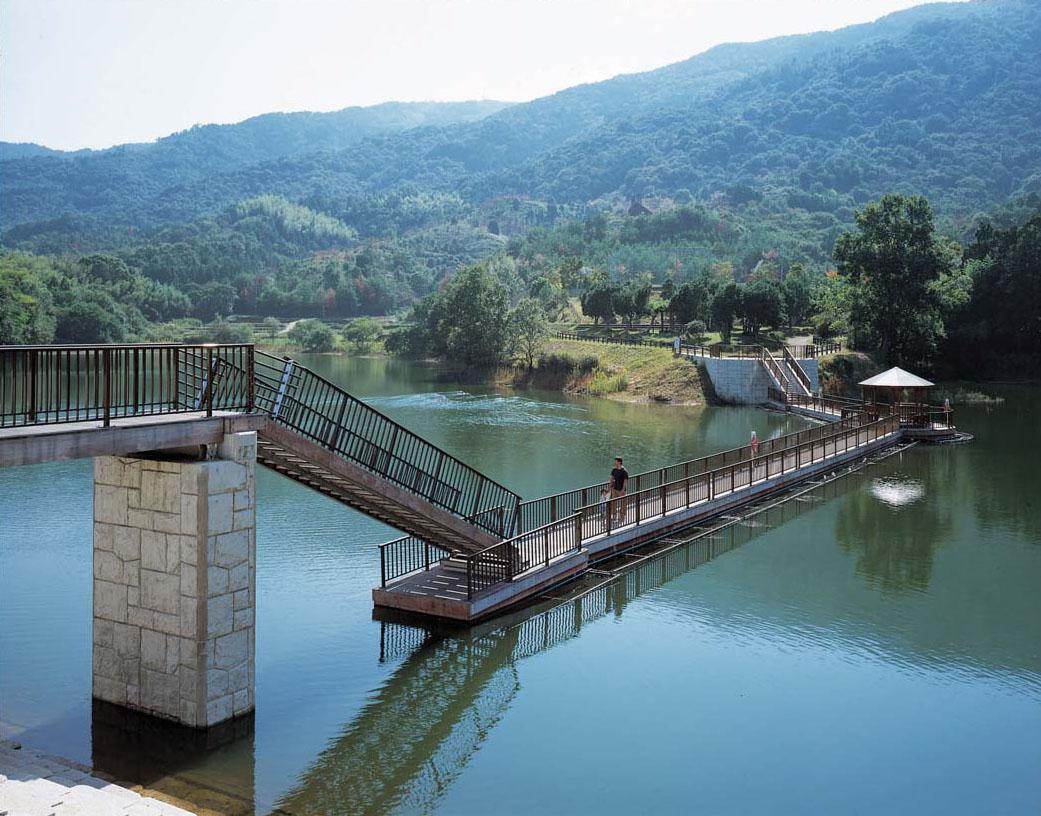 大正池浮桟橋1