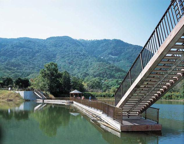 大正池浮桟橋2