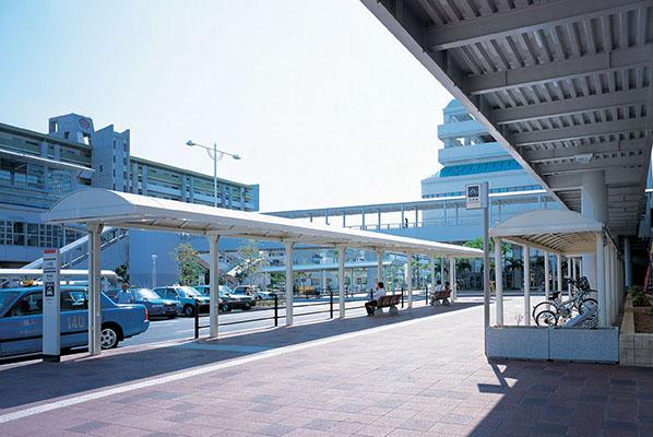 沖縄都市モノレール小禄駅前2