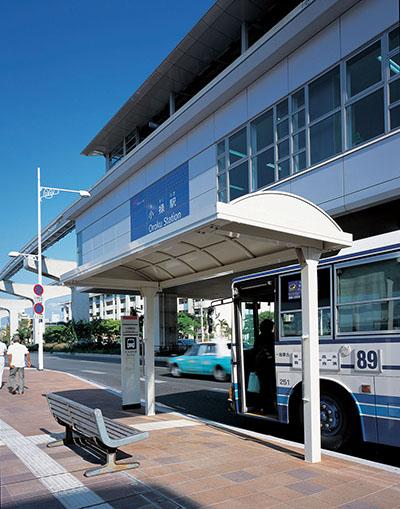 沖縄都市モノレール小禄駅前3