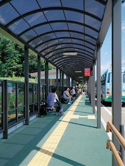春日市ふれあい文化センターバスセンター3