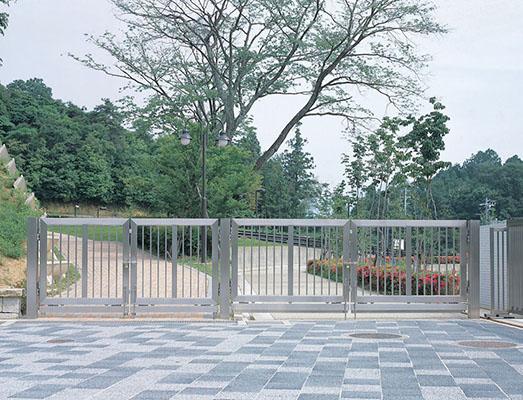亀山サンシャインパーク1