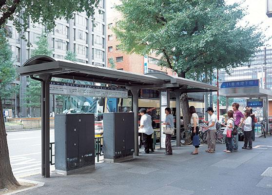 八重洲バス停2