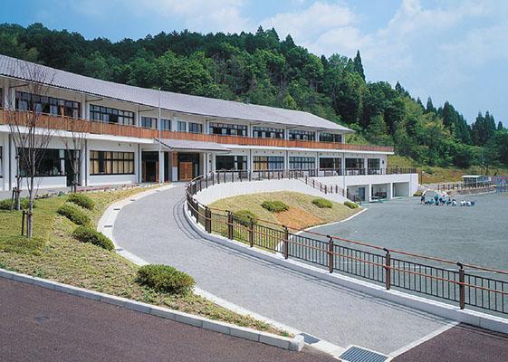 伊賀市立島ヶ原小・中学校1