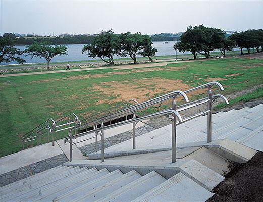 木曽川笠松護岸1