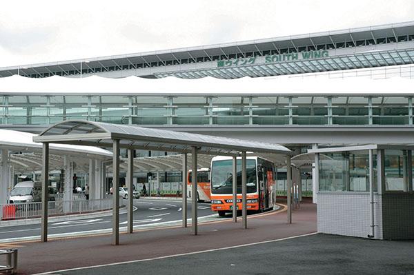 成田空港バス停1