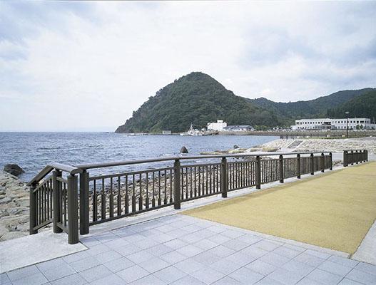 茂浦漁港海岸1