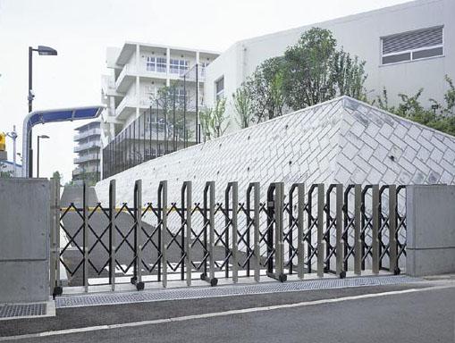 八千代市立萱田南小学校・生涯学習施設