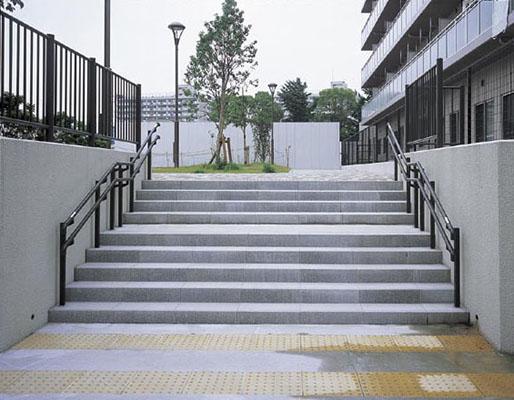 亀島小学校跡地公園2
