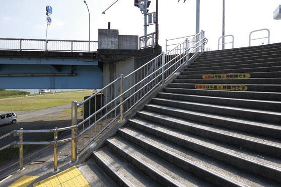 木曽三川公園 長良川高水敷河岸3