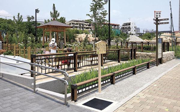 菅の井広場1