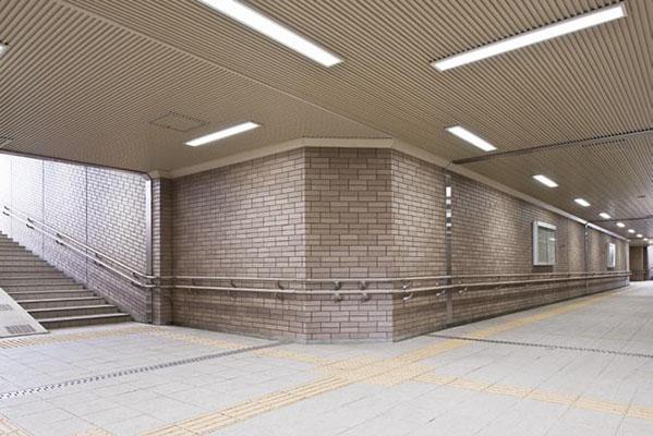 向中野横断地下歩道2
