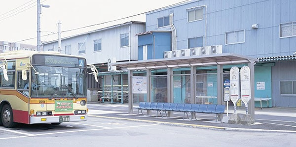 愛川バスセンター1