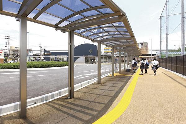 近鉄富田駅1