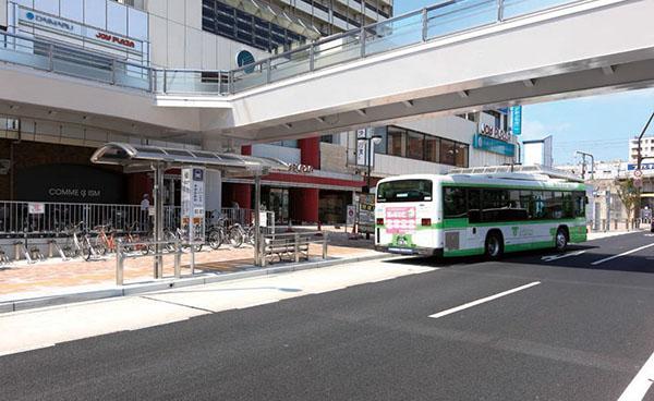 神戸市営地下鉄・JR 新長田駅 駅前広場1