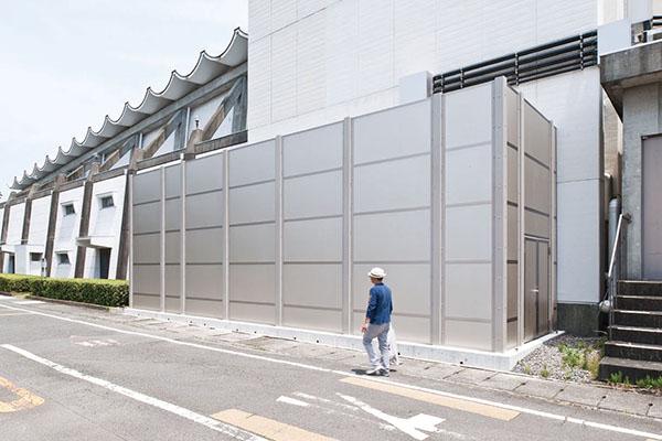 藤枝市庁舎非常用発電装置1