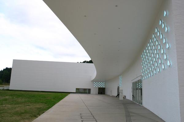 青森県立美術館4