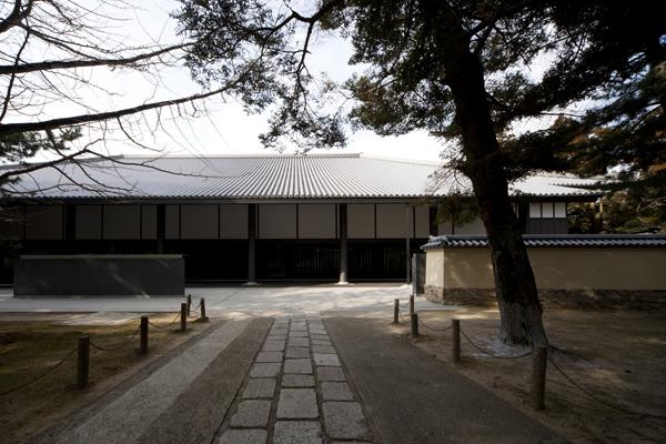 東大寺総合文化センター2