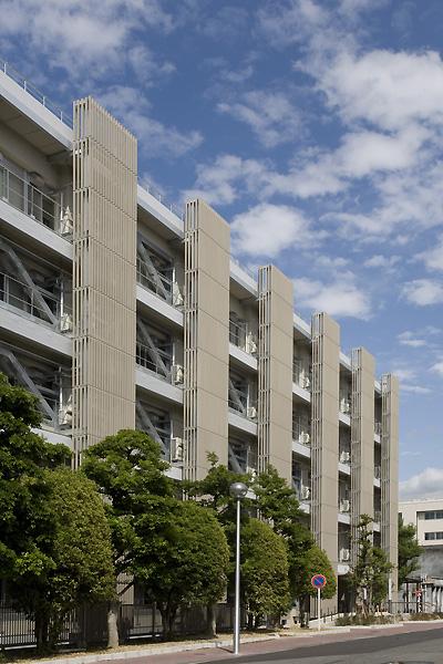 名古屋大学総合研究棟(理E館)