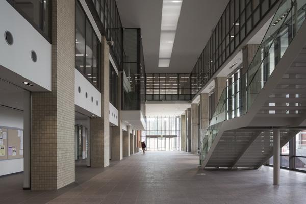 同志社大学今出川キャンパス良心館/内観、トイレ1