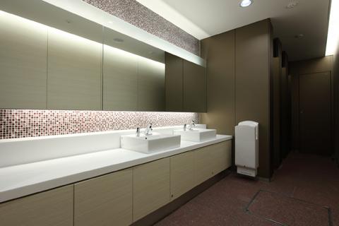 東京建物八重洲ビル 商業トイレ2