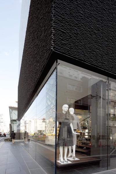 Marc Jacobs 青山店3