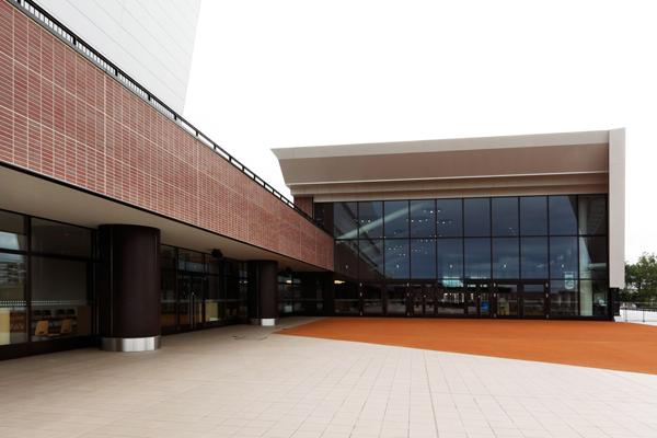 札幌競馬場スタンド6