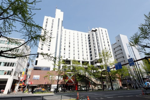 クロスホテル大阪1