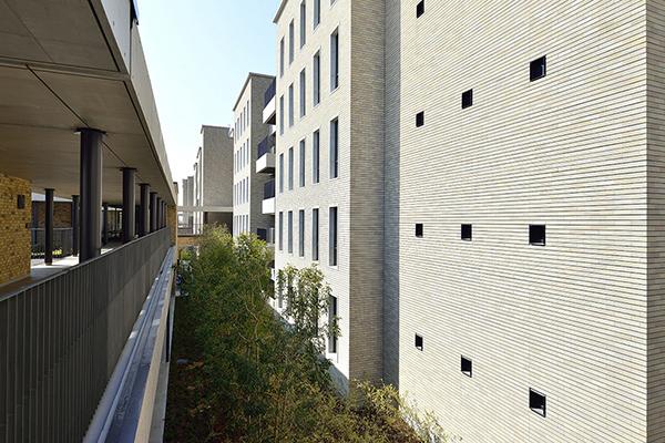 関西外国語大学 御殿山キャンパス グローバルタウン1