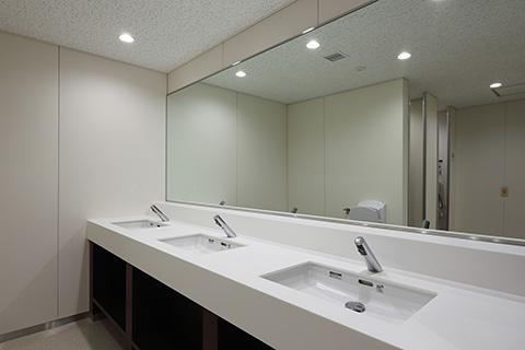 東京大学本郷キャンパス 中央食堂 女子トイレ3