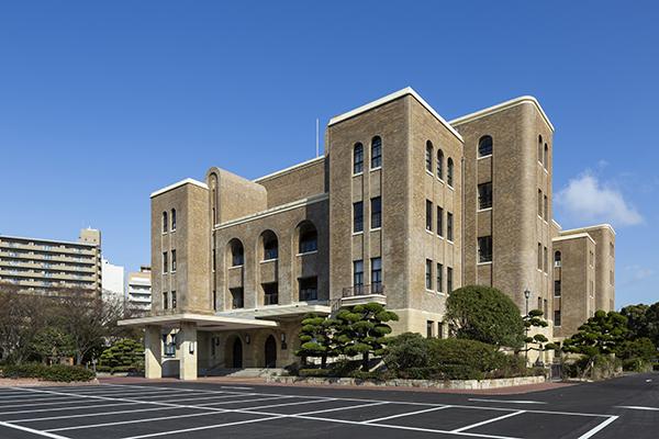 名古屋市公会堂1