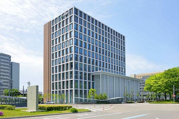 北國銀行本店ビル2