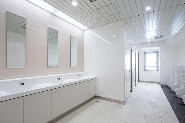 JR東海道本線豊橋駅トイレ改修工事1