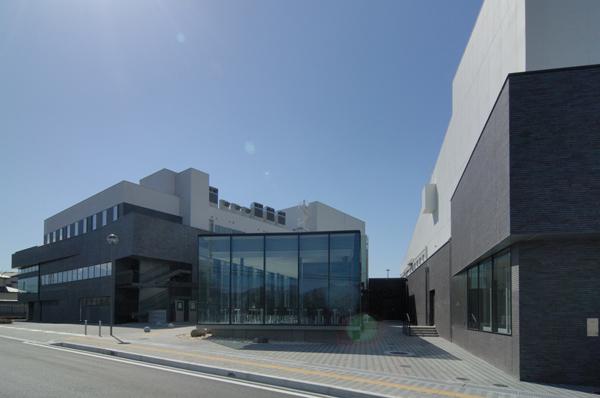 富士五湖文化センター・富士吉田市民会館・富士吉田市立図書館2