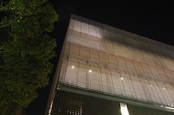 ライトオン本社ビル3