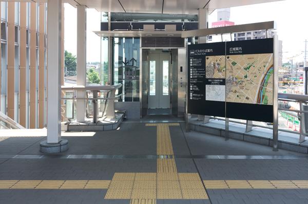 狭山市駅西口駅前広場デッキ・市民広場デッキ2