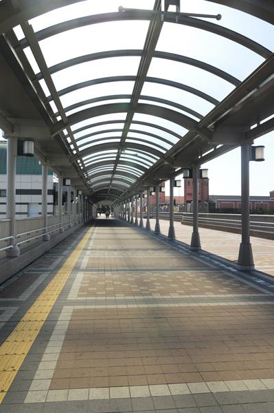 印西牧の原駅連絡橋4