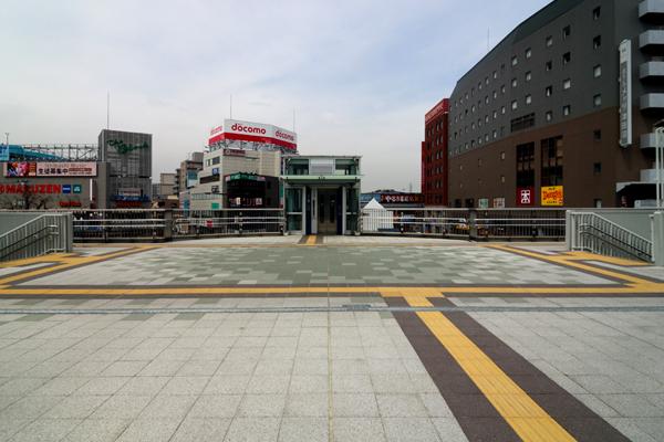 JR津田沼駅南口駅前広場ペデストリアンデッキ改良工事2