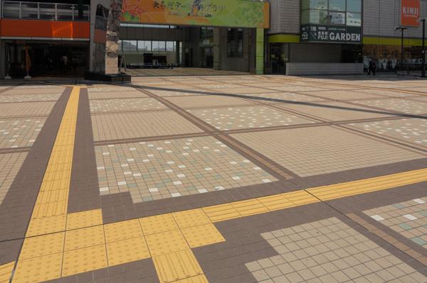 町田ターミナルデッキ