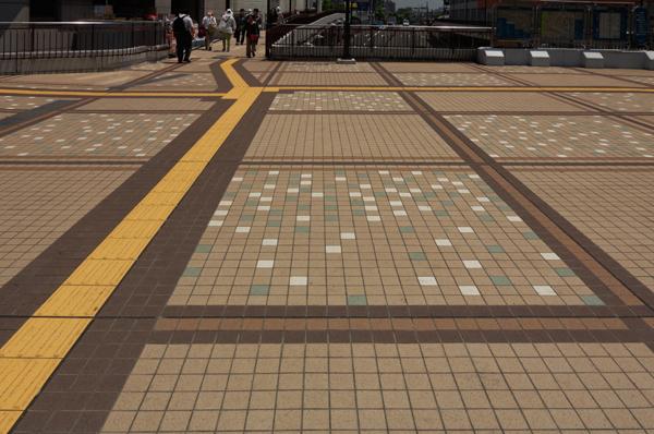 町田ターミナルデッキ2