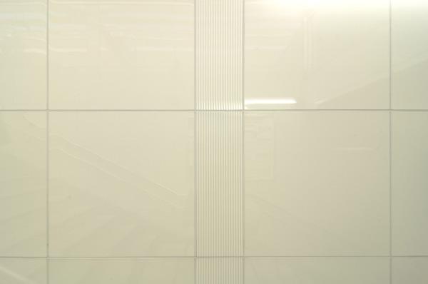東京メトロ東西線南行徳駅構内2