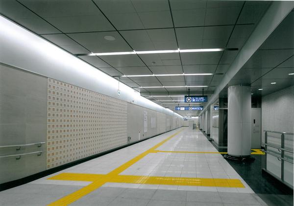東京メトロ副都心線 東新宿駅2