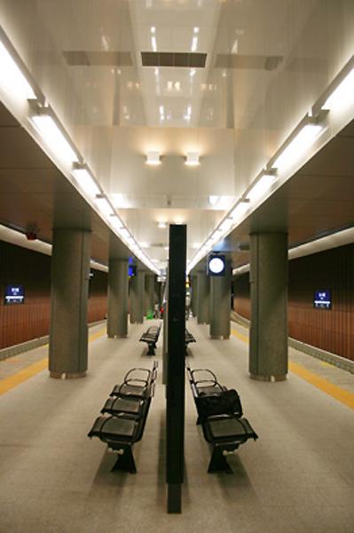 京阪電車中之島線 なにわ橋駅1