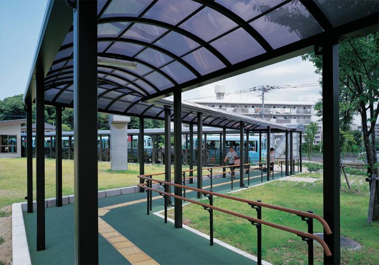 春日市ふれあい文化センター バスセンター1