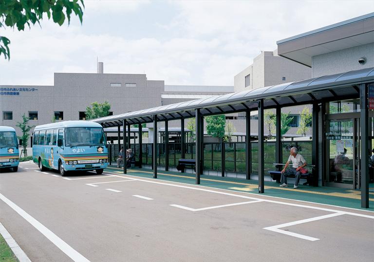 春日市ふれあい文化センター バスセンター2
